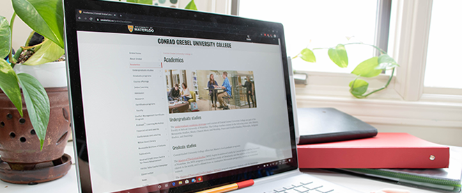 Laptop with grebel academics page