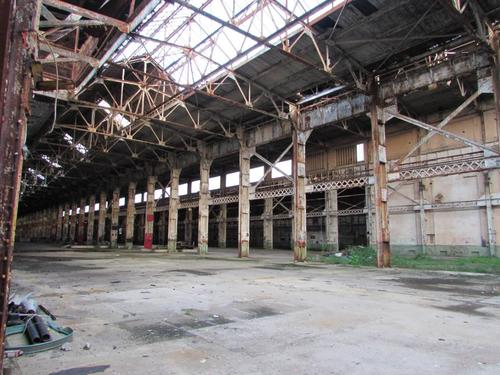 The interior of the mammoth shops from 1907, today, an empty warehouse structure