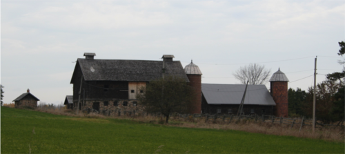 Image of histroic barn complex