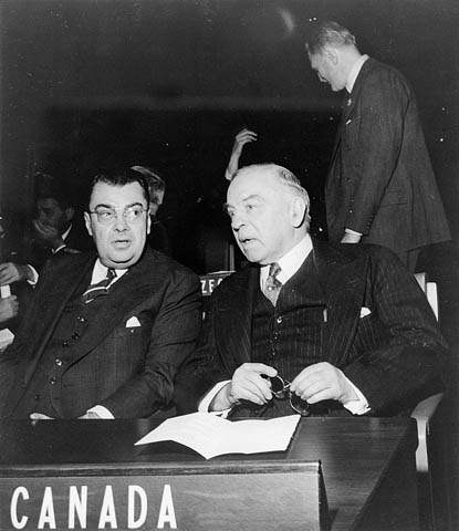 photo of Paul Martin Sr, Prime Minister W.L.M. King, UN, 1946
