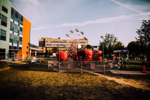 Feds Welcome Week carnival