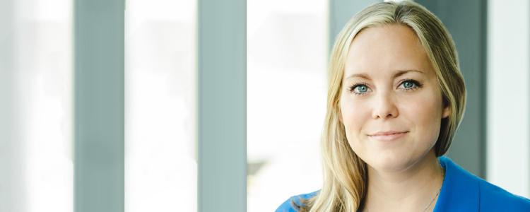 Kristine Boone, doctorante à l'IQC ainsi qu'au Département de physique et d'astronomie