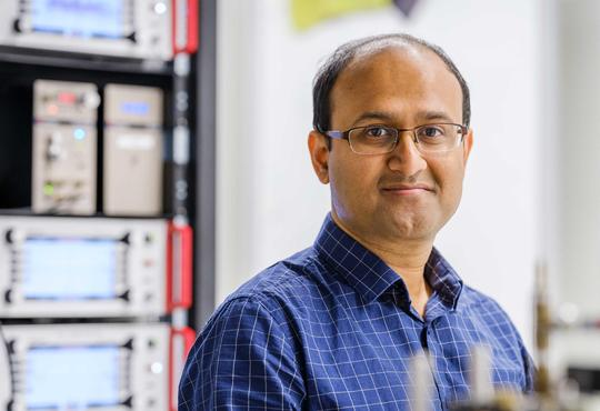 Rajibul Islam, Institute for Quantum Computing faculty member