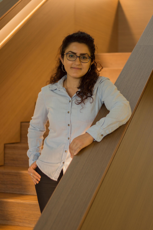dr-pendar-professional-standing-smile