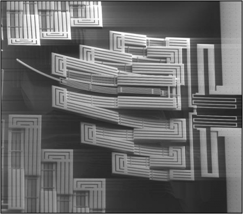 An electron microscope image of a fabricated device.