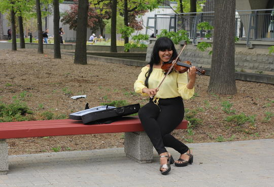 Shreena playing the violin.