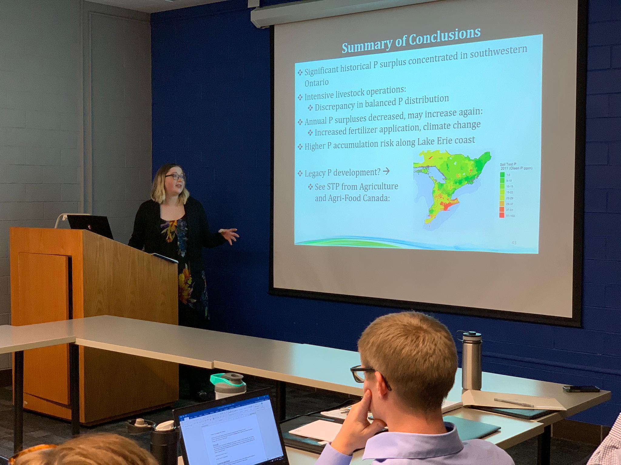 Tamara presenting her MSc thesis