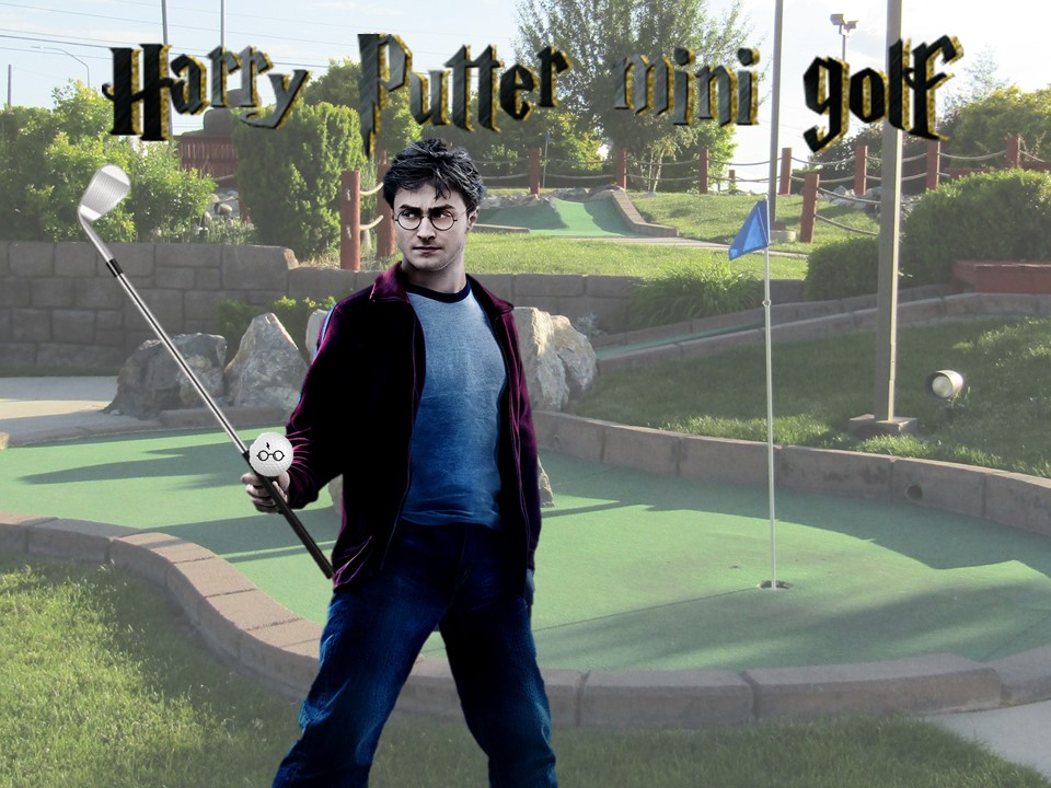 Harry Potter holg a golf club
