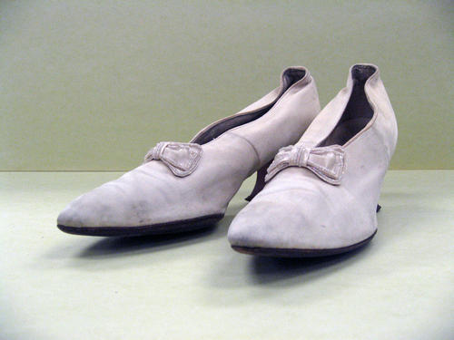 shoes(photo)