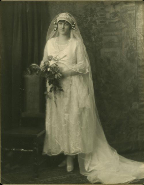 Rosa Melvina Breithaupt Hewetson Clark(Wedding portait)