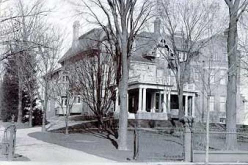Bratton House photograph.