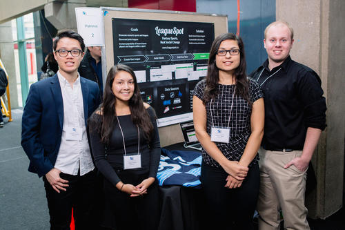students showcasing project