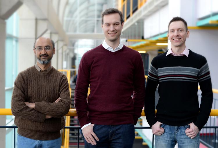 Srinivasan Keshav, Christian Gorenflo, Lukasz Golab