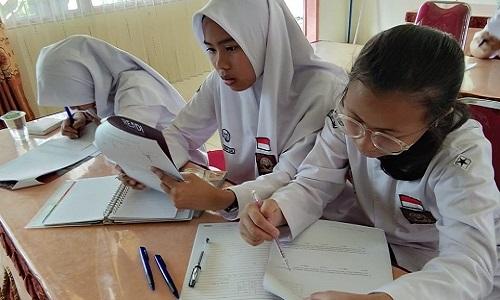 Students in Jakarta