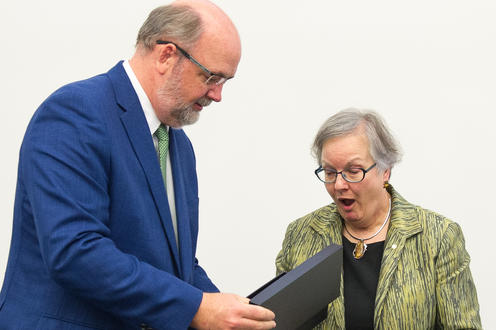 Dr. Anne Martin-Matthews receiving the honourary award