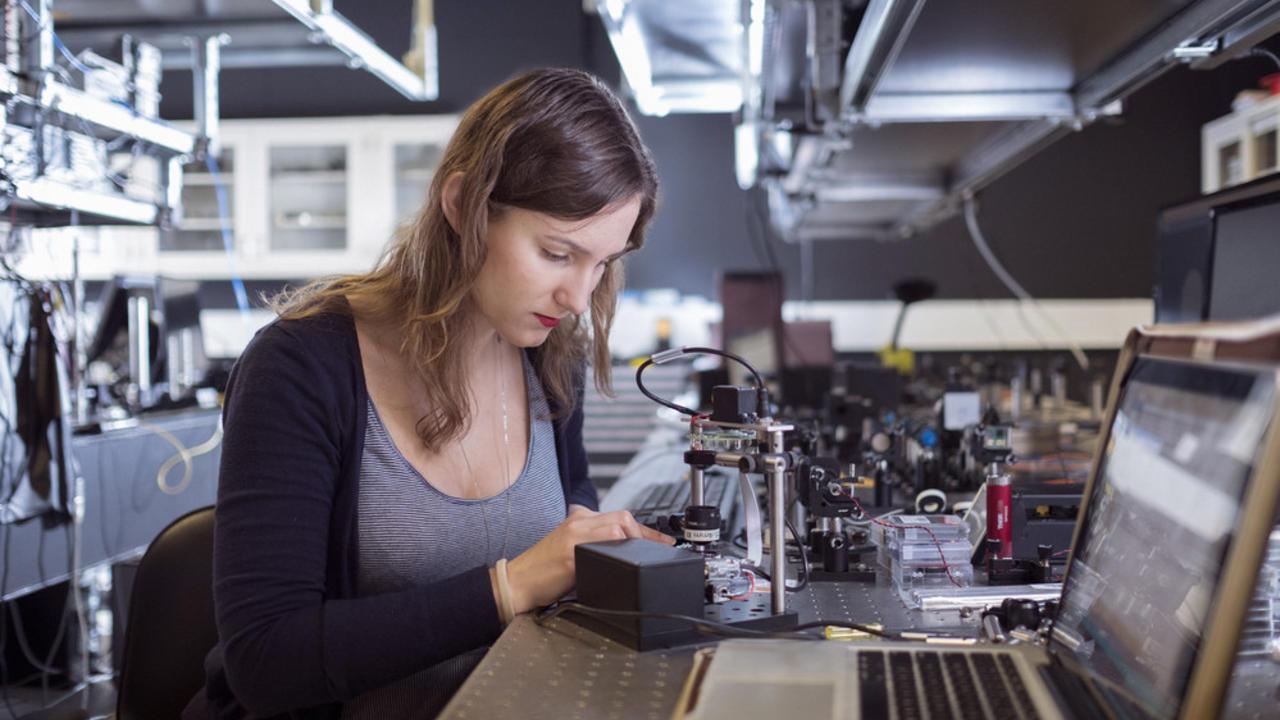 Kayla Hardie working in the lab