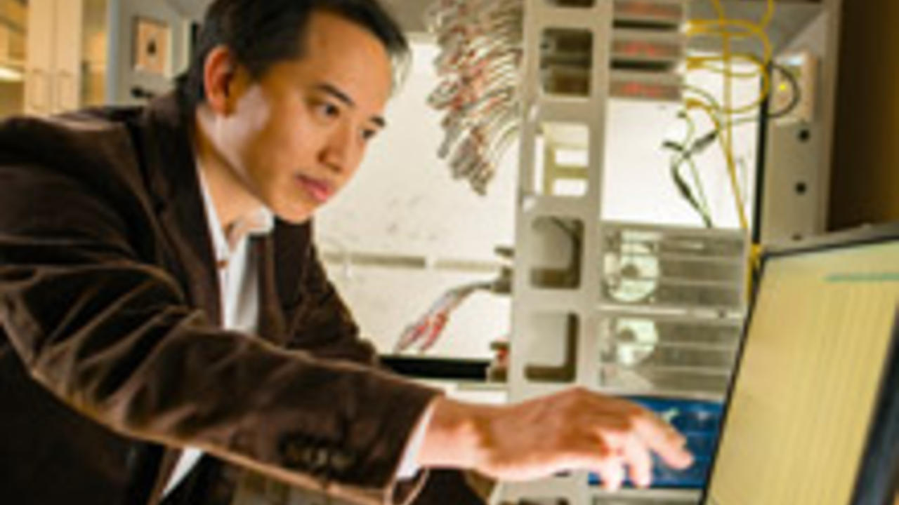 Zhongwei Chen