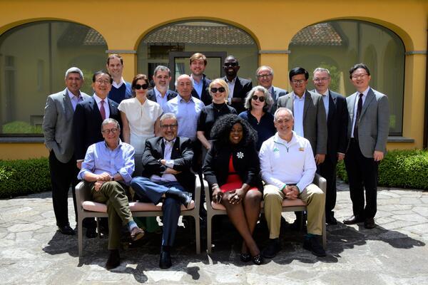 Feridun with group at Italy Bellagio Symposim