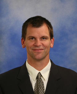 Photo of Dr. Roorda