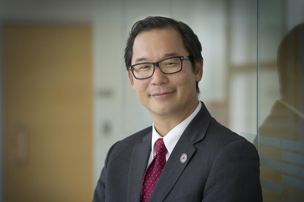 Professor Stan Woo, Director of the University of Waterloo, School of Optometry and Vision Science