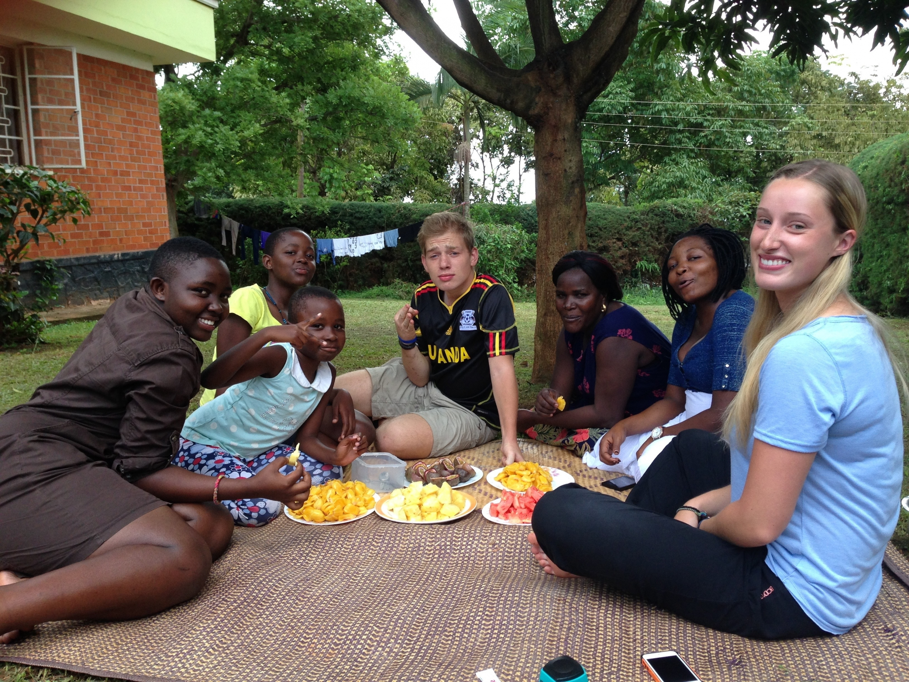 Kayleigh Swanson and friends eating lunch