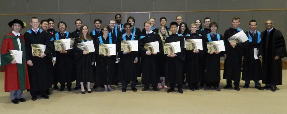Photo of the 2016 graduating class, Honours Physics