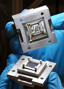 Photograph of a quantum socket, developed at the Institute for Quantum Computing