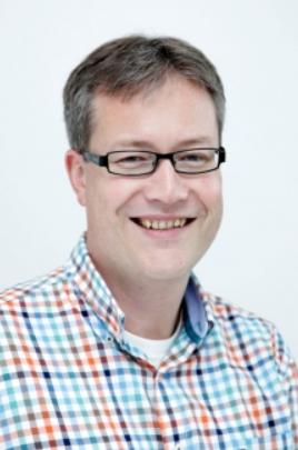Dr. Henk Hoekstra