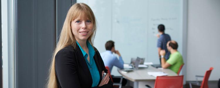 Dr. Christine Muschik