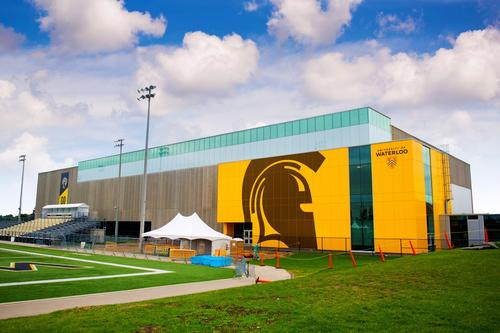 columbia icefield Field House at Waterloo