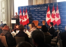President Hamdullahpur speaking to the Economic Club of Canada in Toronto