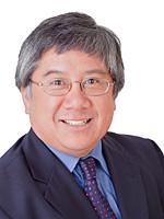 Head shot of Dr. Geoffrey Fong