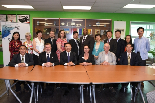 Chinese delegates meet with Renison delegates at Renison
