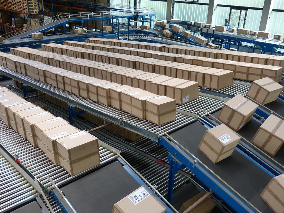Shipping boxes at a distribution centre