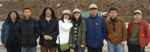 Daqing trainees visit Canadian oil sands mine