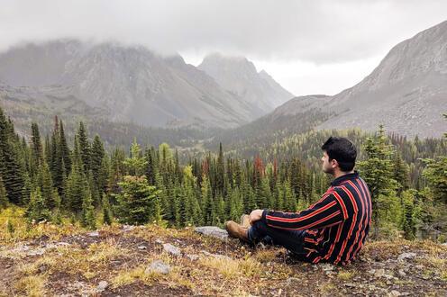 Shan overlooking landscape