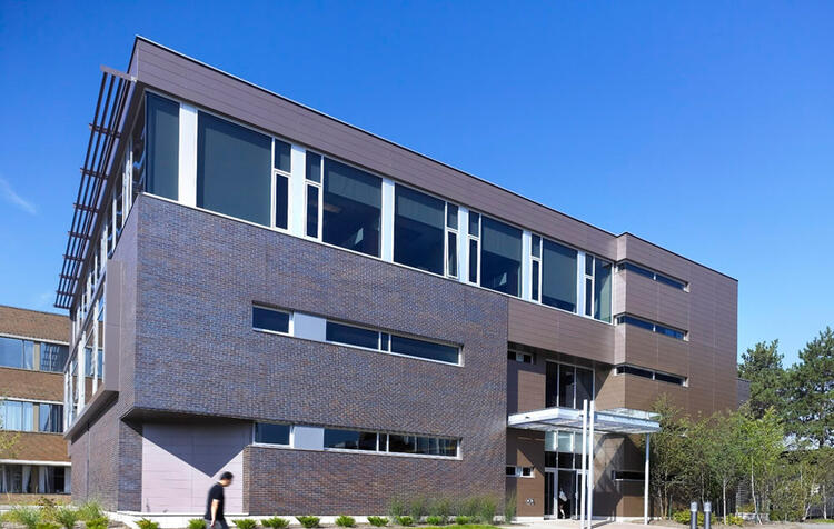Picture of the SAF building