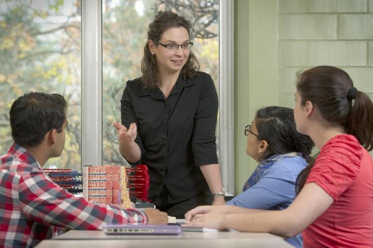 Vivian Dayeh teaches students.