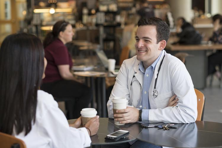 Med students having a coffee together
