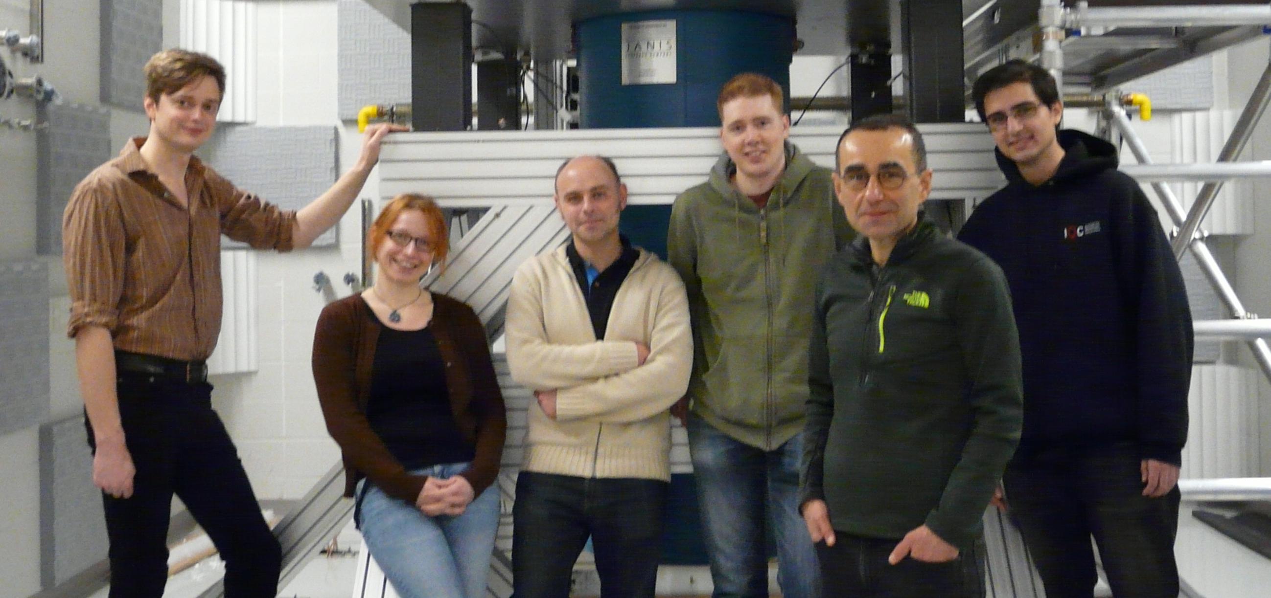 Prof. Raffi Budakian with members of his lab.
