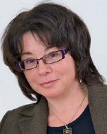 Headshot of Linda Nazar