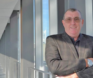 Engineering lecturer Bob Mckillop
