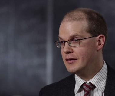 Math lecturer Ian VanderBurgh