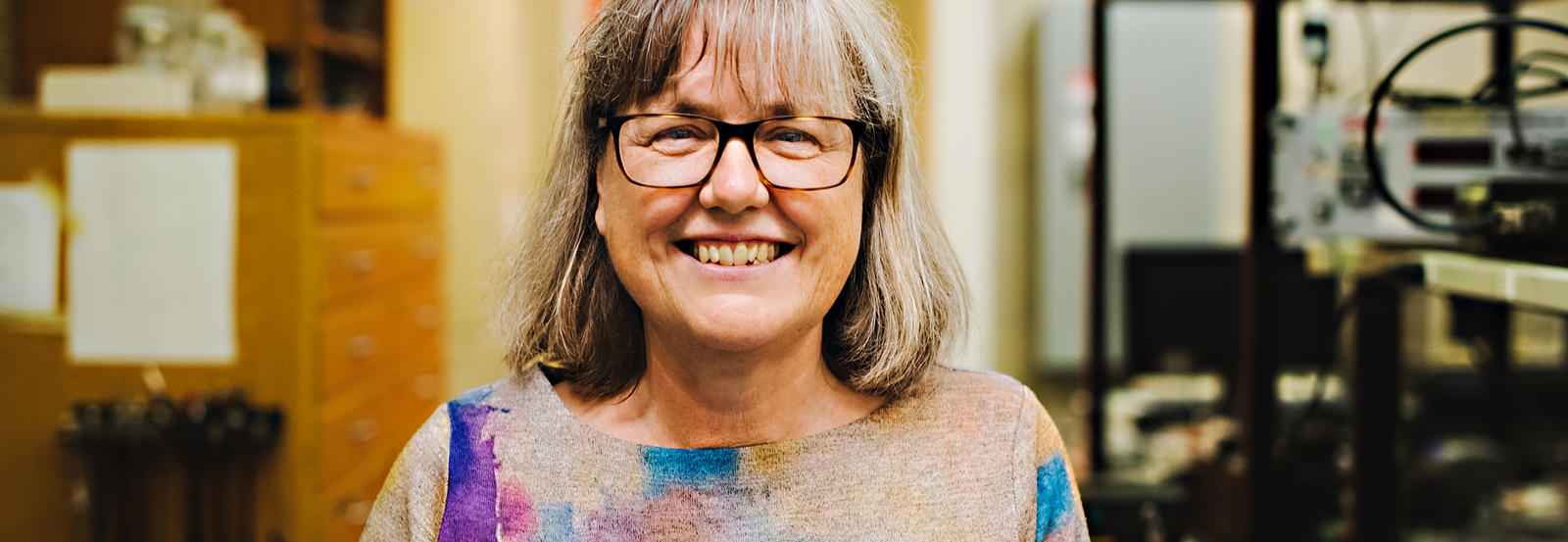 Donna Strickland in lab