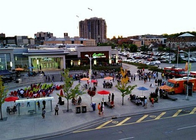 Open streets event at Waterloo Town Square