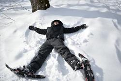 Jun hao making a snow angel