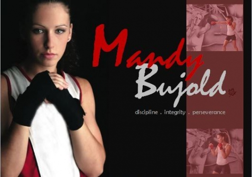 Mandy Bujold fighting stance