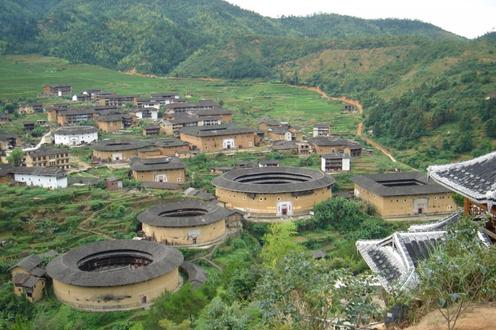Hakka dragon house, located in southern China