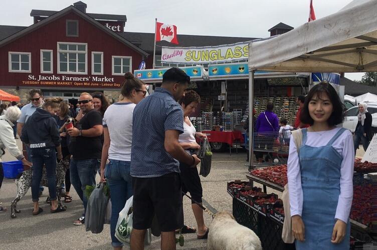 Si Yon's visit to the St. Jacob's Farmers Market.