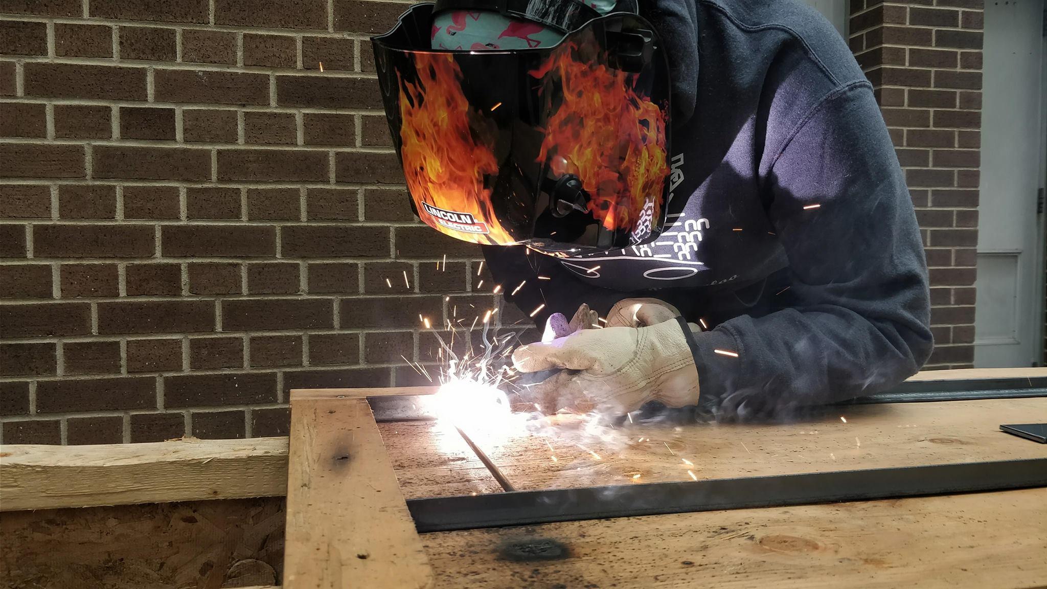 Annaijah welding